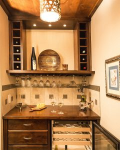 Transitional Mini-winebar - 2 resized