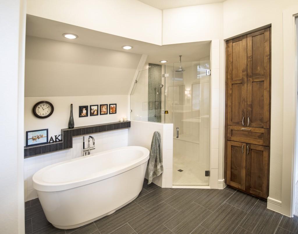 master bath, bathroom, bathtub, soaker tub, contemporary, modern, transitional, austin, architect, architecture